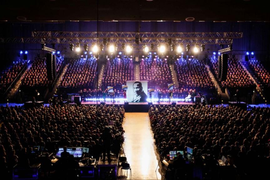 Hamburger Sänger und Sängerinnen bei der Uraufführung von Martin Luther King in Essen